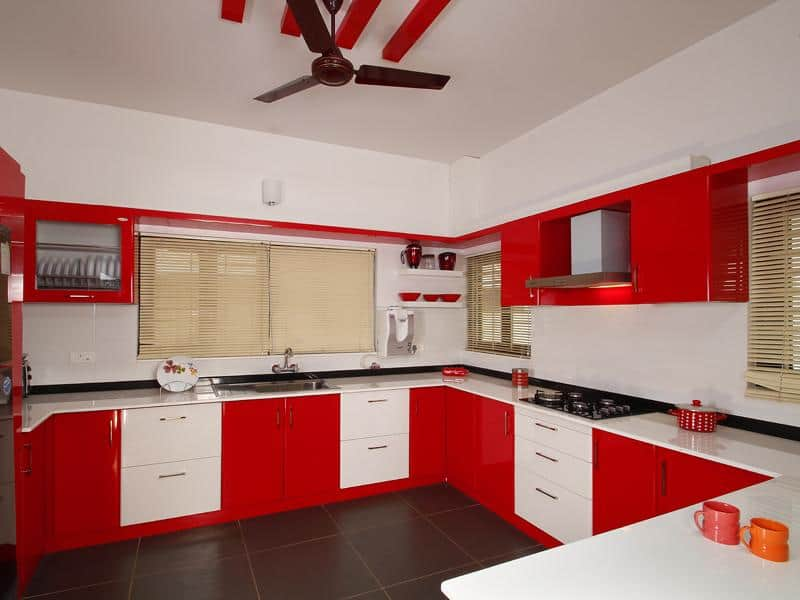Kerala house plans with estimate for a 2900 home design for Home kitchen design pictures